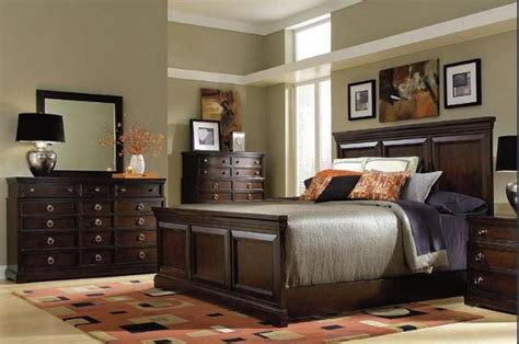 broyhill king bedroom set broyhill furniture avery avenue king or queen panel