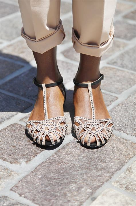 Sandals For by Trendy Flat Sandals For Summer Vacation 2018 Fashiongum