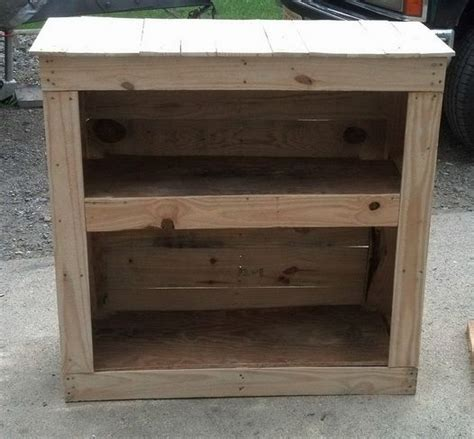 build  shelving cabinet   wooden pallet diy
