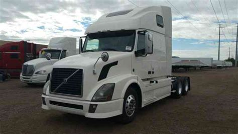 2012 volvo big volvo 670 2012 sleeper semi trucks