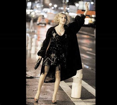 What Carrie Bradshaw Wore