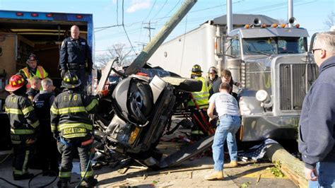 Actor Garrisons Suv Wrecks 1 Dead by Suv Passenger Killed In Farmingdale Tractor