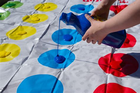painting play kid friendly