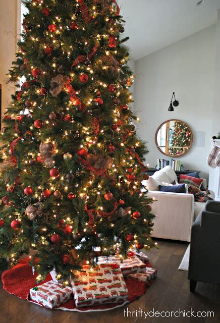 how to create a full and beautiful christmas tree from