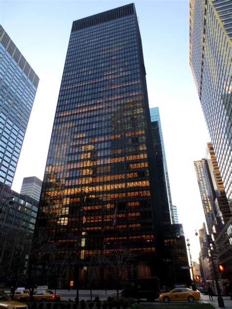 New Apple Headquarters by Big Apple Secrets Seagram Building