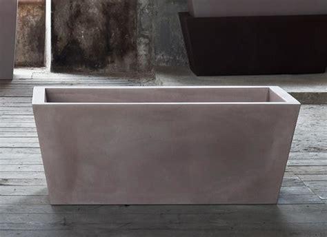 vasi per terrazzi in resina kabin vasi eleganti da interni ed esterni vasi in resina