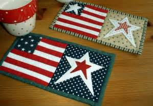 you have to see star spangled mug rugs by the patchsmith