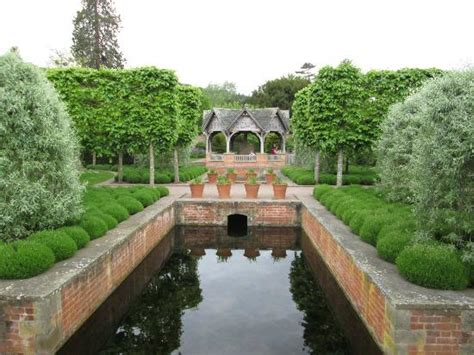 Leominster Gardens by Photo3 Jpg Picture Of Hton Court Castle And Gardens