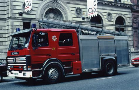 fire engines  strathclyde fire brigade glasgow scania