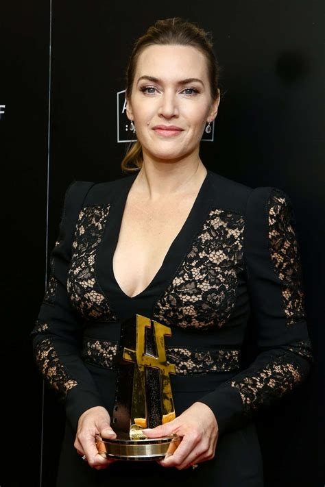 Film 2017 Kate Winslet | kate winslet hollywood film awards 2017 in los angeles