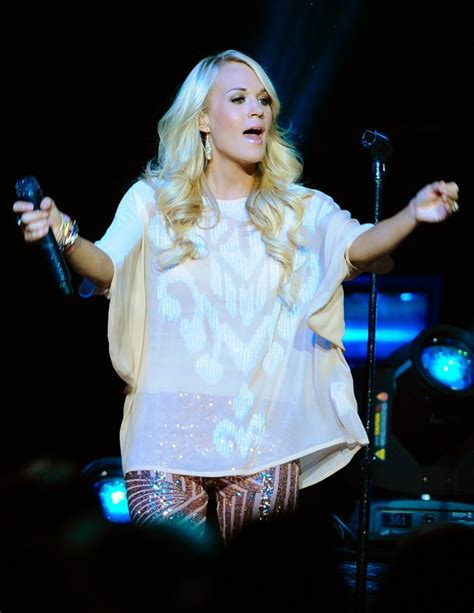 carrie underwood live carrie underwood picture 187 carrie underwood performing