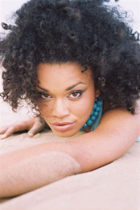 hairstyle photos of pearl thusi 14 stunningly beautiful black women from south africa