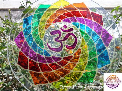 imagenes de mandalas en vitro mandala en vidrio om multicolor 7 chakras mandalas en