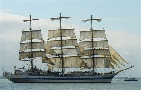 file mir sailing ship jpg wikimedia commons