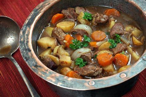 traditional irish lamb stew videos cooking channel traditional irish lamb stew kitchme