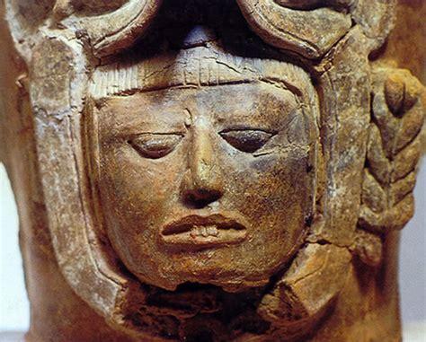 imagenes de esculturas mayas famosas los mayas palacios y piramides
