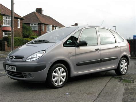 Citroen Xsara Picasso by Citroen Xsara Picasso 2 0 Hdi Photos And Comments Www