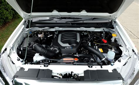 isuzu  max facelift engine bay  images