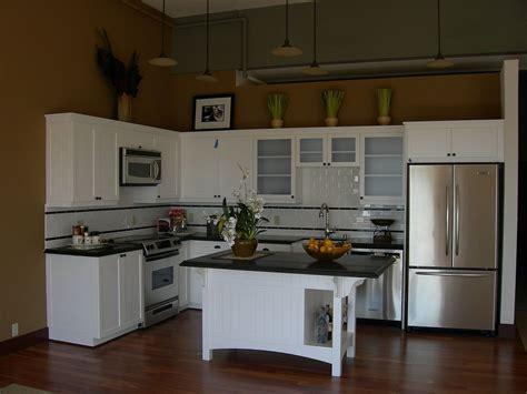 kitchen fantastic white  shape kitchen design