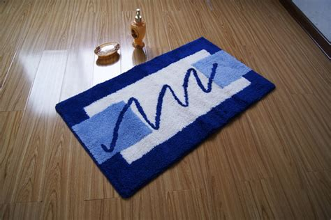 Modern Rectangular White And Blue Non Slip Bathroom Mat Blue And White Bathroom Rugs