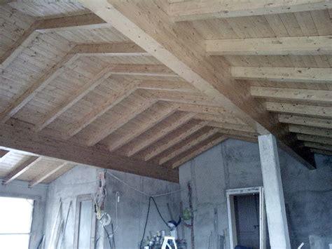 costruzione tettoie in legno tetti in legno lamellare losa legnami