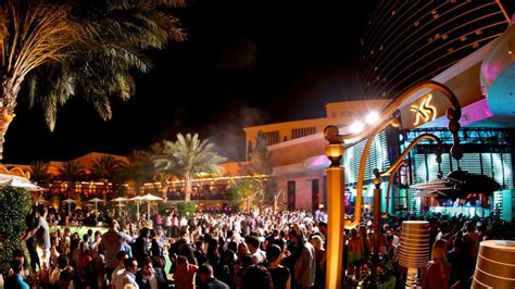 Top 10 Vegas Bars by Top 10 Naughtiest Nightclubs In Las Vegas