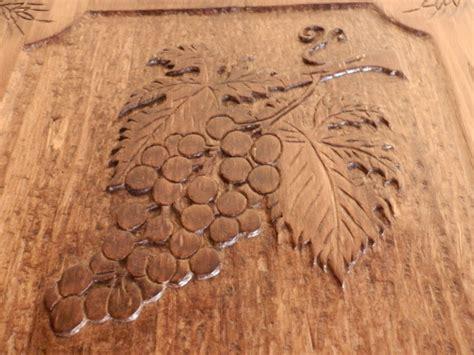 imagenes de paisajes tallados en madera fotos de mesa de madera tallada a mano