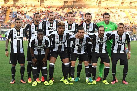 Jersey Cewek Juventus Home Musim 2017 2018 jual jersey juventus 2016 2017 home terbaru adidas rumah