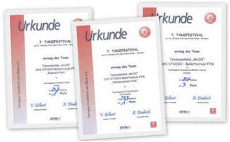 Moderne Urkundenvorlage Pin Urkundenvorlage Sport On