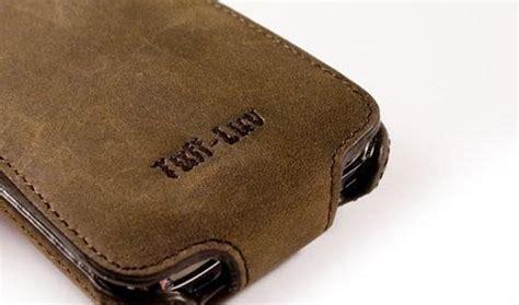 tuff luv saddleback iphone  leather case gadgetsin