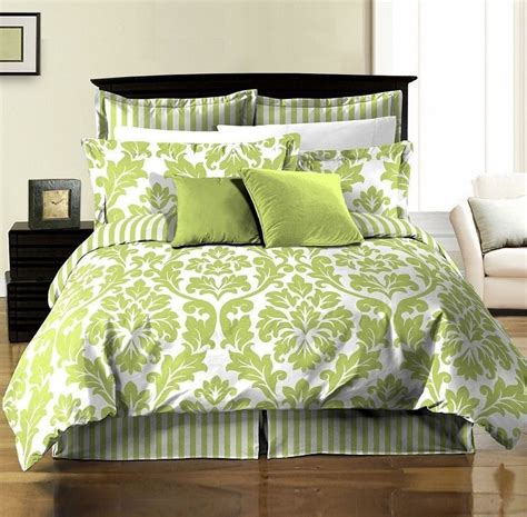 8pcs White Green Printed Damask Stripe Reversible Duvet Green Bedding