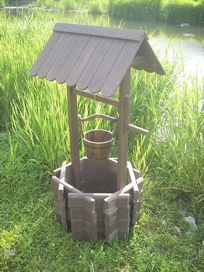 wishing well planters antique style patio furniture and