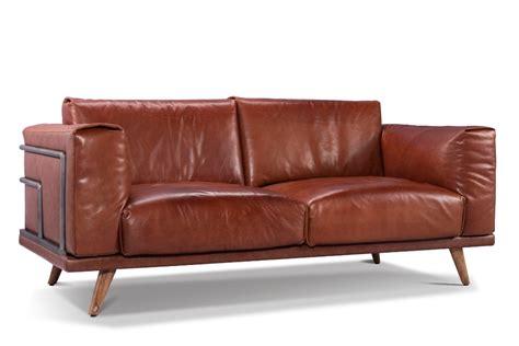 mobili in pelle divani antichi in pelle divani consigli e idee sullu