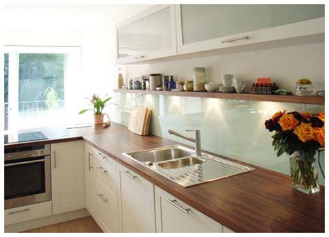 grüne küche inseln wei 223 arbeitsplatte k 252 che