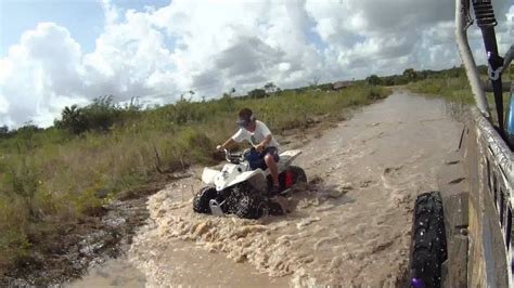 mudding four wheelers four wheelers mudding pictures to pin on pinsdaddy