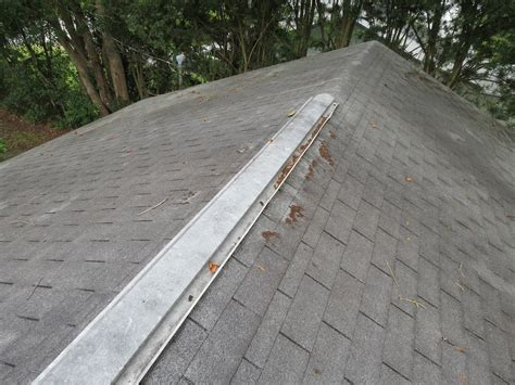 good ridge vent what s up above 11 roof problems you should recognize