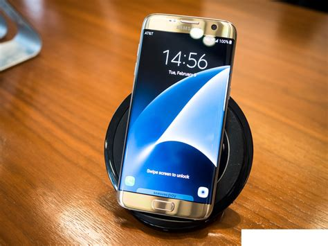 samsung galaxy phone chargers samsung s offering two wireless chargers for the price of