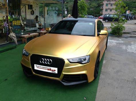 Auto Gesucht by Fahrzeugfolierung Satin Gold Chrom Folie Gesucht F 252 R