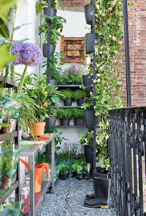 como decorar una terraza pequea cool decorar un balcn o