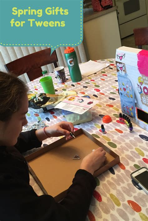 fashion design kits for tweens fashion angels introduce new spring craft kits for tweens