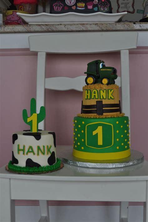 john deere birthday cake  smash cake wwwleahssweettreatscom birthdays   kids