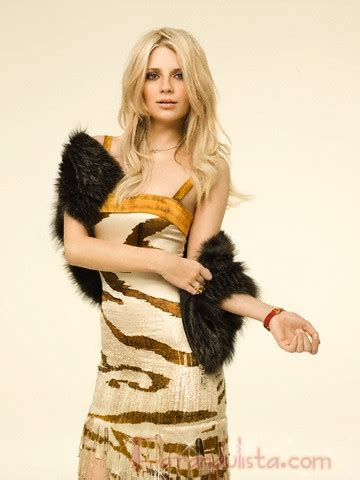 Catwalk To Photo Shoot Instyle January 2008 by Mischa Barton En Instyle Alemania Outtakes Farandulista