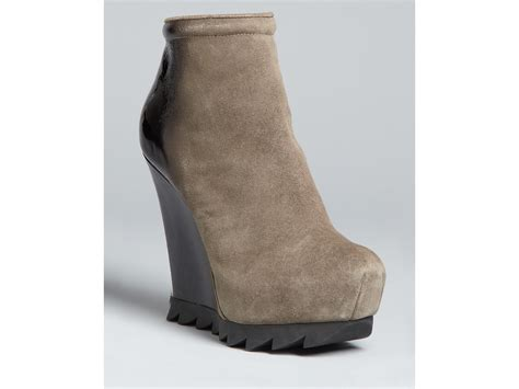 camilla skovgaard saw sole wedge ankle boots in gray grey