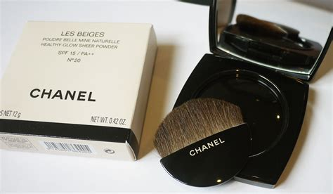 Chanel Les Beiges chanel les beiges healthy glow sheer powder spf 15