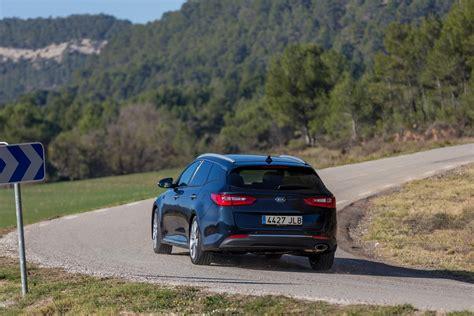 Who Makes Kia Optima by The Motoring World The All New Kia Optima Sportswagon