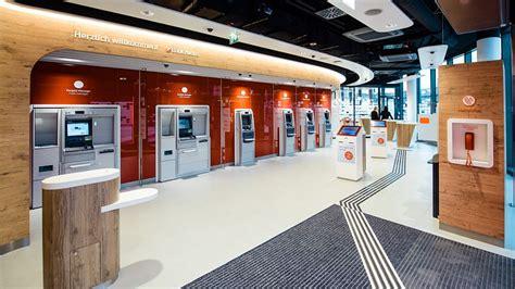 bank filialen serie banking 2 0 spendierhosen f 252 r flagships und