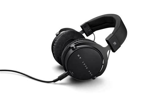 ear headphones   techradar