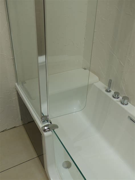 baignoire kinedo baignoire et sanitaire kineduo carrelage