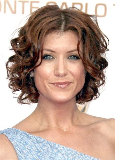 short cuely hairstyles 16 ways look 10 years younger in short natural curly