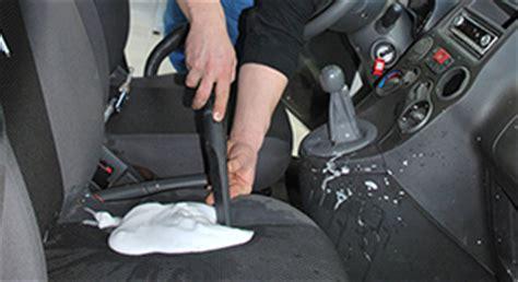 igienizzazione interni auto pulizia e igienizzazione interni auto rimini vetro auto